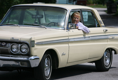 "90 Year Old Rachel and her 64 Mercury Comet, ""Chariot"" Must See Video"
